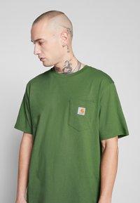 Carhartt WIP - Basic T-shirt - dollar green - 4