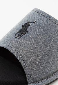 Polo Ralph Lauren - ANTERO - Slippers - grey/black - 5