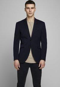 Jack & Jones PREMIUM - Blazer jacket - dark navy - 0