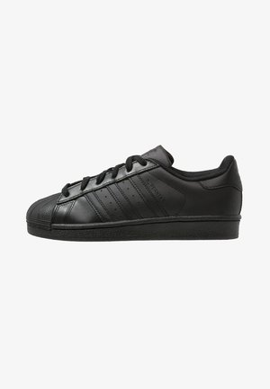 SUPERSTAR FOUNDATION - Sneakersy niskie - core black