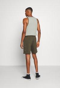 Burton Menswear London - Cargobyxor - khaki - 2