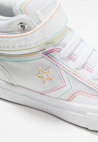 Converse - PRO BLAZE STRAP RAINBOW STITCH - High-top trainers - white/enamel red/rainbow - 2