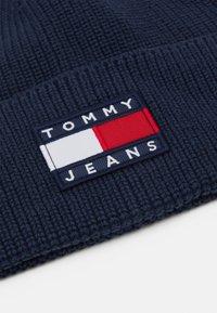Tommy Jeans - HERITAGE BEANIE - Mössa - blue - 2