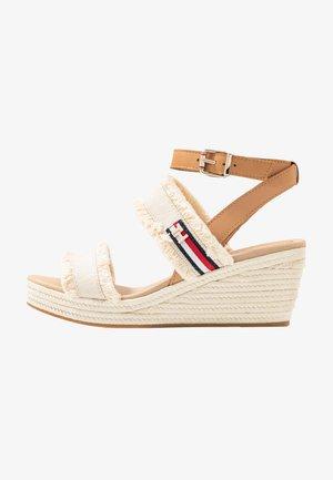 FRINGES MID WEDGE  - Platform sandals - ivory