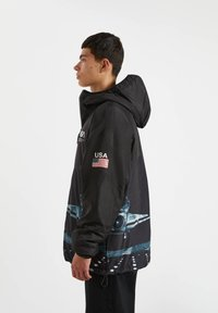 PULL&BEAR - Zimní bunda - black - 3
