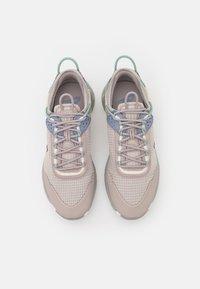 Nike Sportswear - REACT LIVE - Trainers - college grey/sail/ashen slate/steam/pure platinum - 3