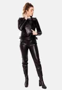 LEATHER HYPE - ALEX PERFECTO - Læderjakker - black with darkened silver accessories - 7