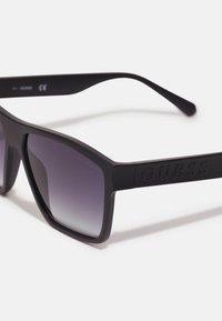 Guess - UNISEX - Sunglasses - matte black - 4