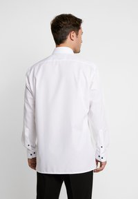 OLYMP - OLYMP LUXOR MODERN FIT - Formal shirt - anthrazit - 2
