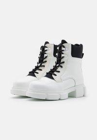 Joshua Sanders - VELAR BOOT - Platform ankle boots - white - 2