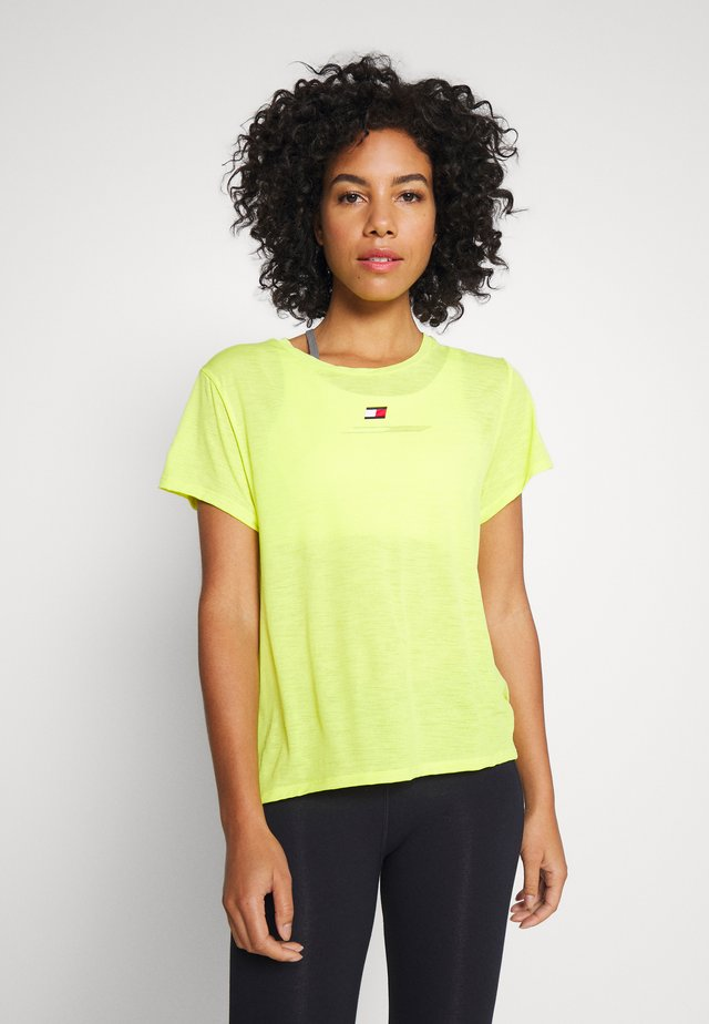 PERFORMANCE - T-shirt con stampa - green