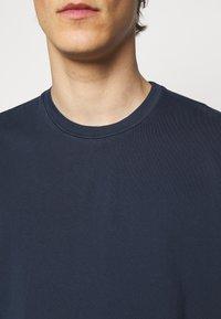 Boglioli - T-shirt basic - dark blue - 5