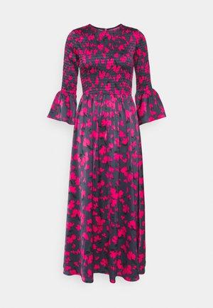 SMOCKED DRESS - Korte jurk - slate