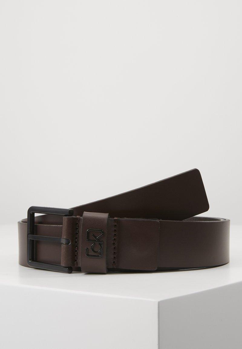 Calvin Klein - 35MM SIGNATURE LOOP BELT - Pásek - brown