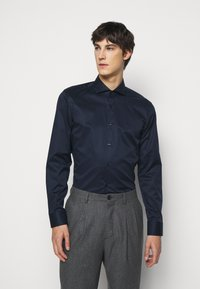 HUGO - JASON - Kostymskjorta - open blue - 0