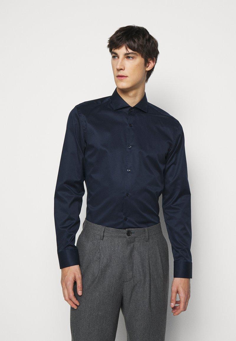 HUGO - JASON - Kostymskjorta - open blue