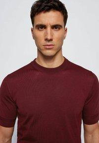BOSS - IMATTEO - T-Shirt basic - dark red - 3