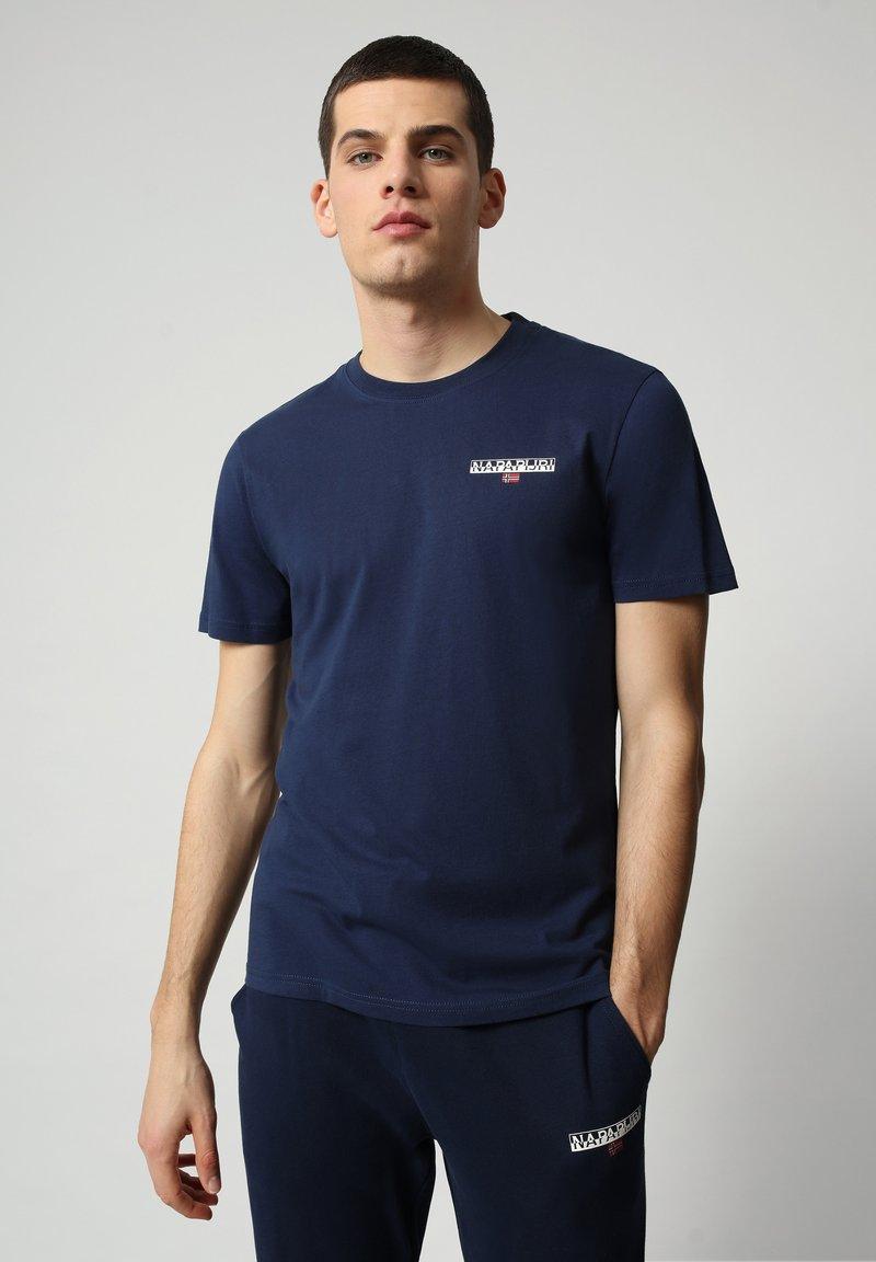 Napapijri - S-ICE SS - T-shirt med print - medieval blue