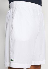 Lacoste Sport - TENNIS SHORT - Urheilushortsit - white/navy blue - 3