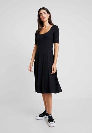 SCOOP SWING DRESS - Jersey dress - true black