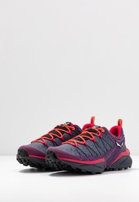 Salewa - DROPLINE GTX - Hiking shoes - ombre blue/virtual pink - 2