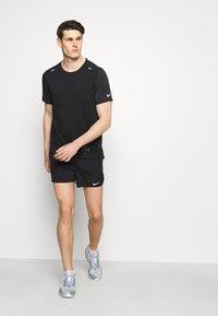 Nike Performance - FLEX - Pantaloncini sportivi - black/silver - 3