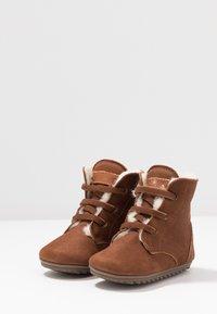Shoesme - BABY-PROOF SMART - Dětské boty - cognac - 3