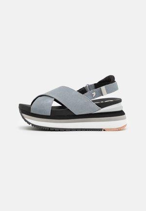 Platform sandals - azul