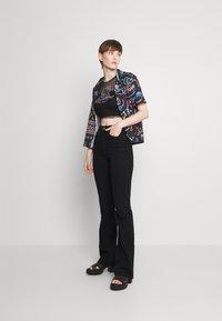 NEW girl ORDER - HELLO TEE TRIM - T-shirts med print - black/pink - 1