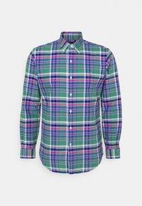 CUSTOM FIT PLAID OXFORD SHIRT - Shirt - green/pink multi