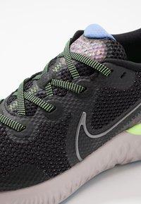 Nike Performance - RENEW RUN SE - Zapatillas de running neutras - black/metallic dark grey/plum dust/royal pulse/ghost green/platinum violet - 5