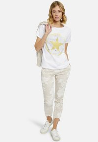 Heartkiss - Trousers - natur print - 1
