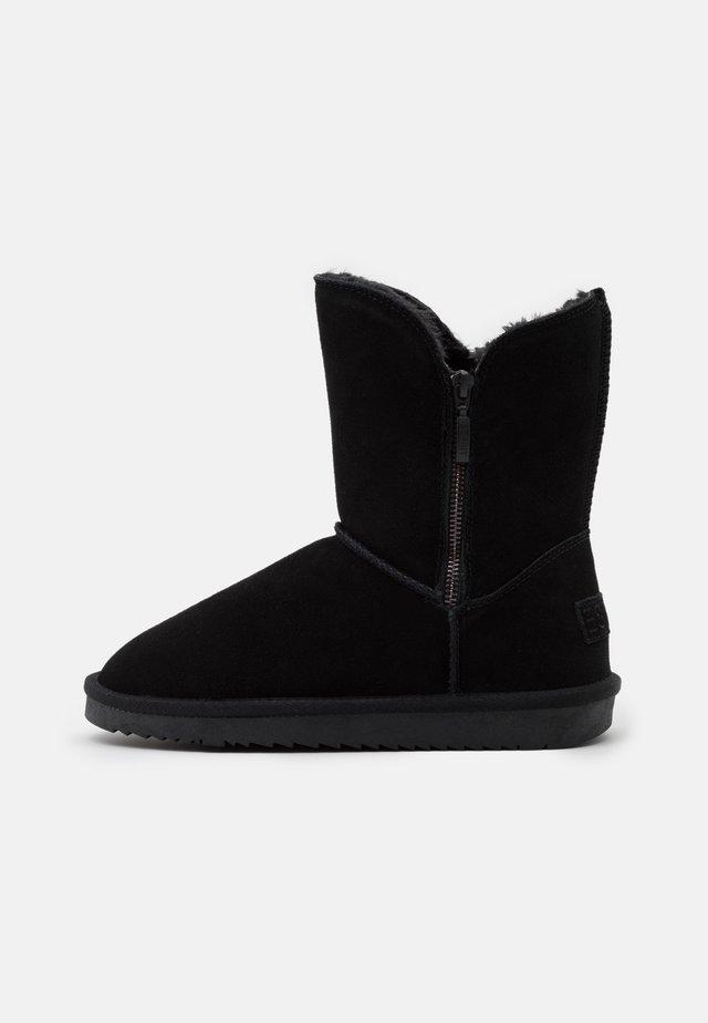 LUNA ZIP BOOTIE - Classic ankle boots - black