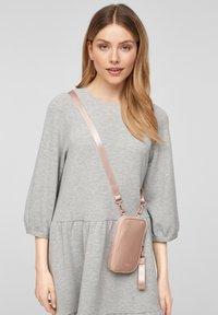 s.Oliver - Across body bag - blush - 1