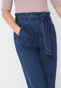 ONLY - REGULAR FIT ONLPOPTRASH PAPERBAG - Straight leg jeans - dark blue denim - 4