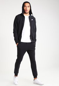 Nike Sportswear - CLUB FULL ZIP HOODIE FRENCH TERRY - Sweatjacke - black/white