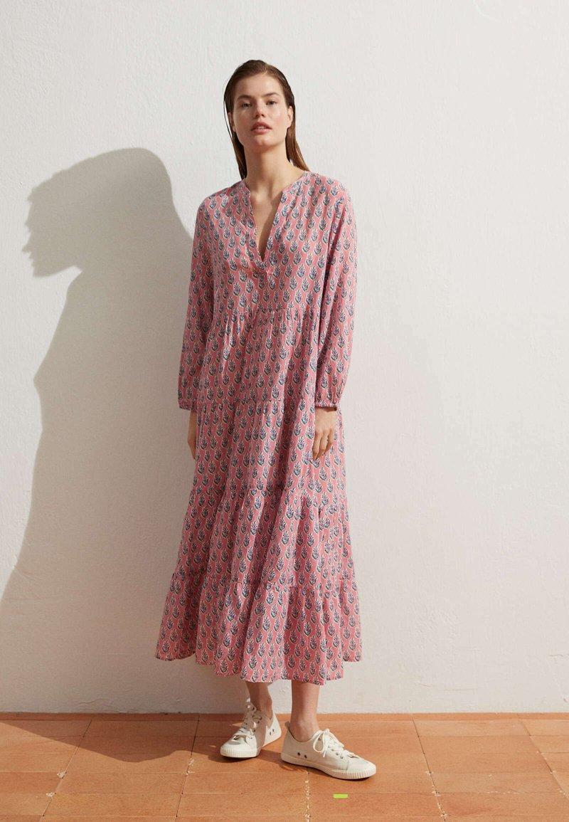 OYSHO - Day dress - pink