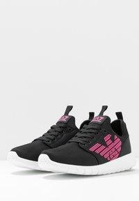EA7 Emporio Armani - NEON - Sneakersy niskie - black / neon pink - 4