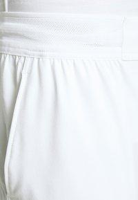 Nike Performance - FLX ACE - Sports shorts - white/black - 3