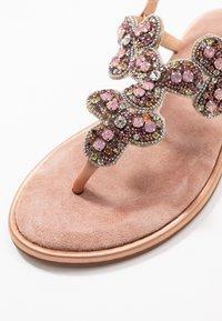 Alma en Pena - T-bar sandals - old pink - 2