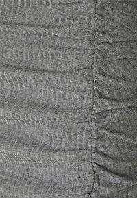 ONLY - ONLNELLA SLIT SKIRT - Bleistiftrock - medium grey melange - 2
