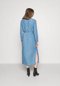 ONLY - ONLCASI LIFE  - Denim dress - medium blue - 2