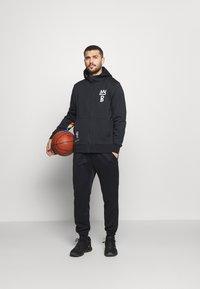 Nike Performance - NBA BROOKLYN NETS CITY EDITON THERMAFLEX FULL ZIP JACKET - Pelipaita - black/soar - 1