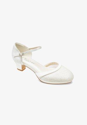BERTA - Bridal shoes - ivory