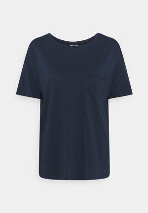 SHORT SLEEVE PATCHED POCKET LOOSE BODYSHAPE - T-shirts - dress blue