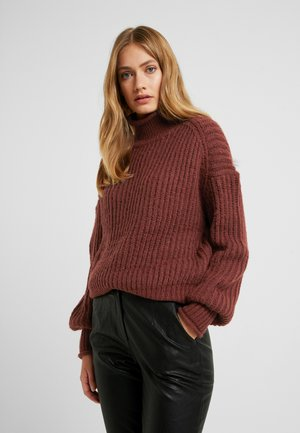 VMAPULA HIGHNECK - Stickad tröja - madder brown