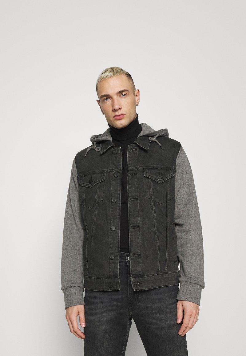 Only & Sons - ONSCOIN HOOD TRUCKER - Denim jacket - black denim