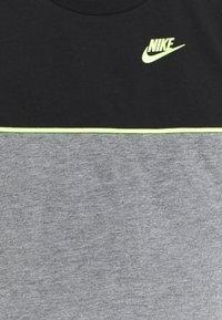 Nike Sportswear - COLOR BLOCKED SET UNISEX - Tepláková souprava - black - 3