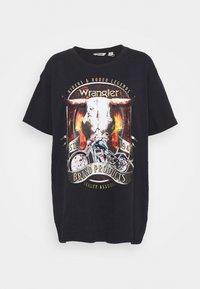 OVERSIZED TEE - Print T-shirt - washed black