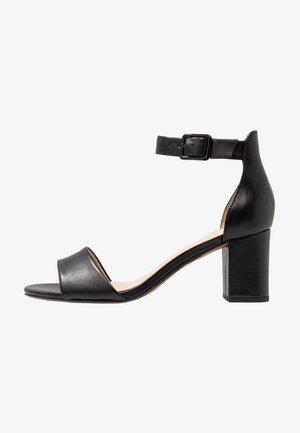 DEVA MAE - Sandaler - black